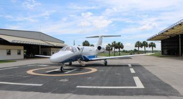 The Exciting Reasons You Should Book An Aircraft Charter This Fall - Air Unlimited